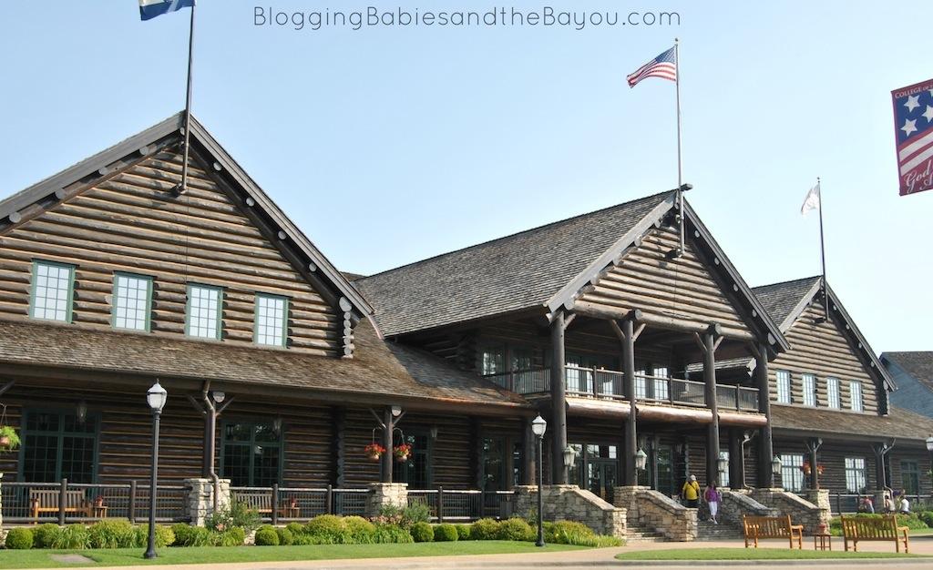 The Keeter Center - College of the Ozarks  Hotel, Restaurant & more in Branson Missouri  #ExploreBranson #BayouTravel