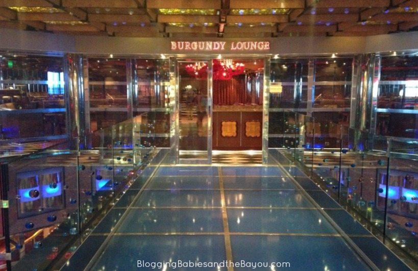 Burgandy Lounge - Carnival Dream #BayouTravel #CruisingCarnival