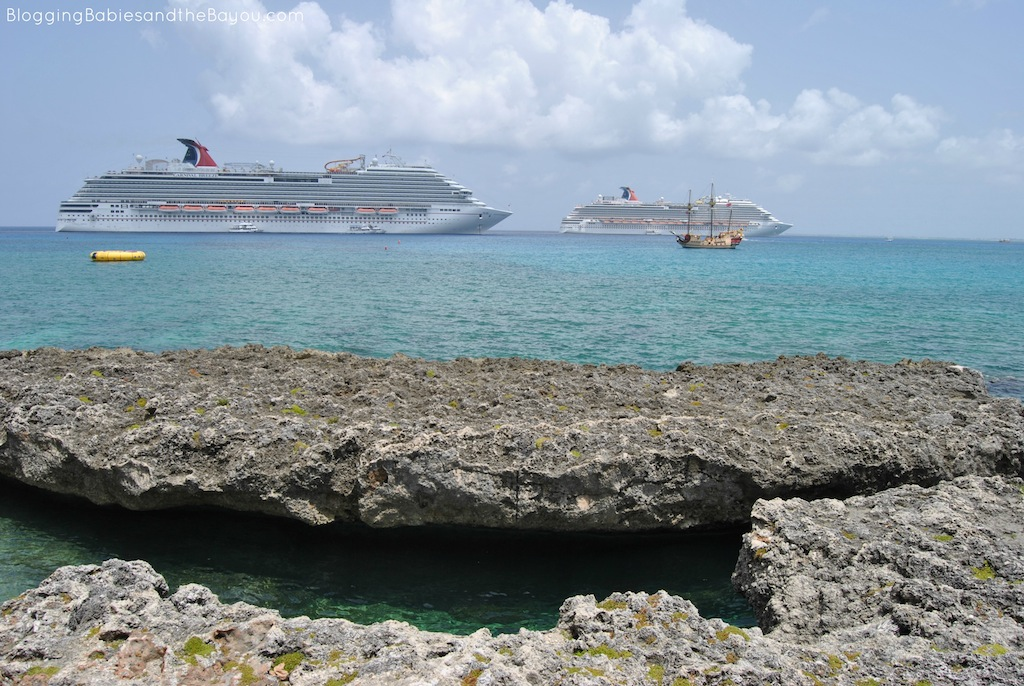 Natural Reef Visit - Free Excursion for the Family Cruise Excursion Guide A Day at Grand Cayman Island #BayouTravel