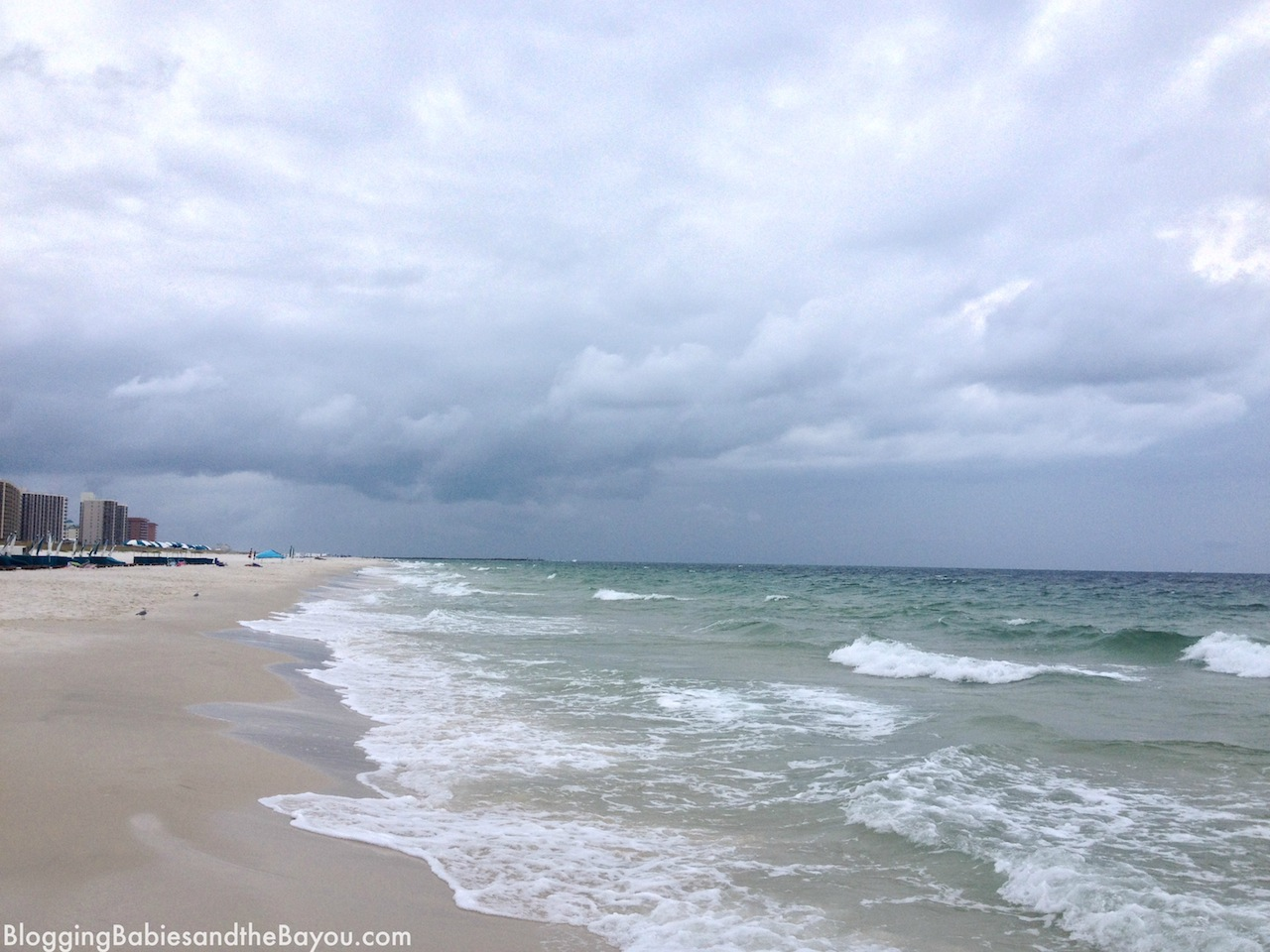 Beautiful White Sandy Beaches of Orange Beach, Alabama #BayouTravel