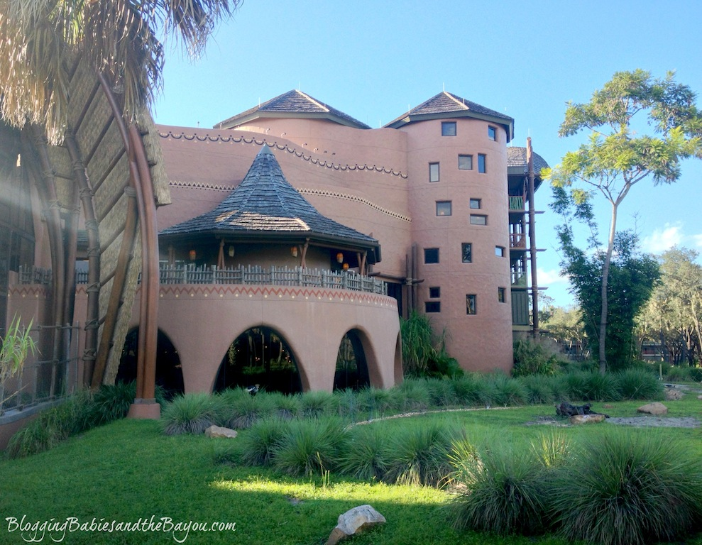 Visiting Animal Kingdom Lodge - Saana Restaurant #BayouTravel
