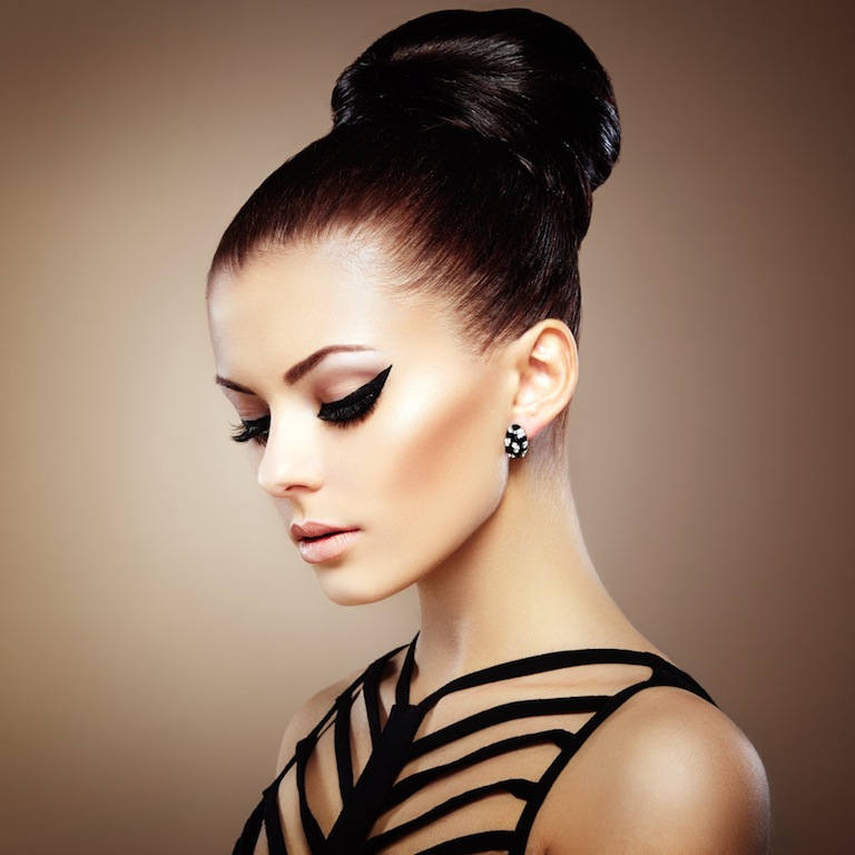 Popular New Year's Eve Hair Styles - How to achieve healthy hair in the winter