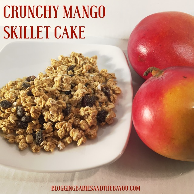 Crunchy Mango Skillet Cake using Quaker Simply Granola Cereal #QuakerUp #LoveMyCereal #Spon #CollectiveBias