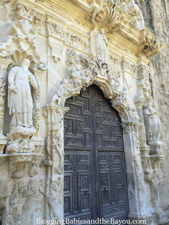 Beautiful San Antonio Missions National Historical Park - San jose Mission #BayouTravel