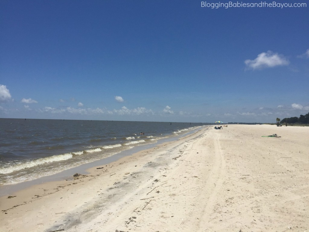 Mississippi Gulf Coast Travel - What to do in Bay St. Louis - Beach Trip #BayouTravel