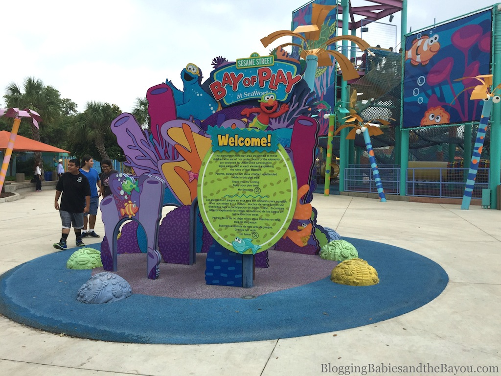 San Antonio Theme Park (Family Friendly)  Round Up Aquatica, SeaWorld Waterpark™ #BayouTravel