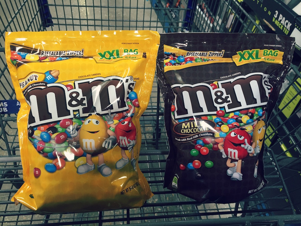 Sleepover Fun  with M&M's®  + Free Printable Slumber Party Invites #ShareFunshine #Ad