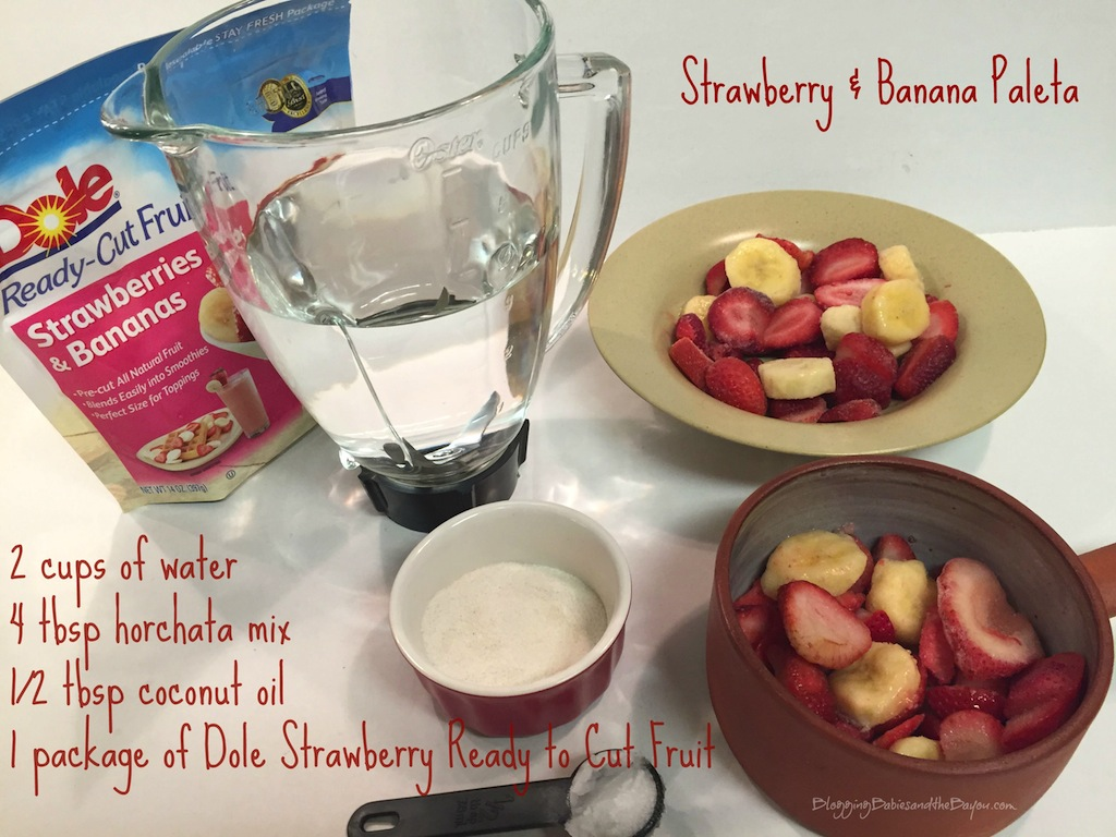 How to make Strawberries & Banana Paletas using Dole Packaged Frozen Fruit Recipe #Dolecioso #Ad