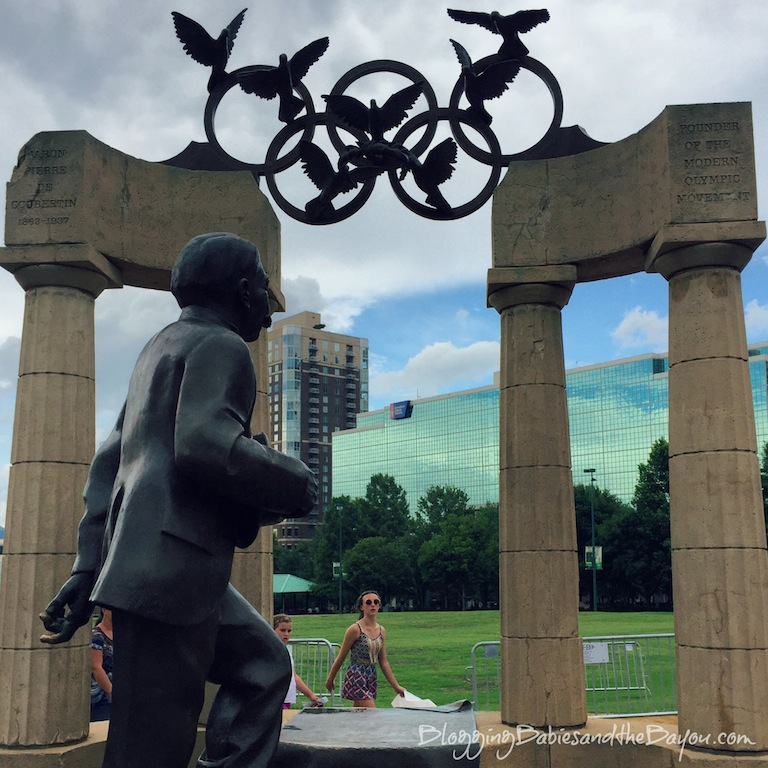 Things to do in Atlanta Georgia - Free Attractions in Downtown Atlanta Centennial Olympic Park #BayouTravel