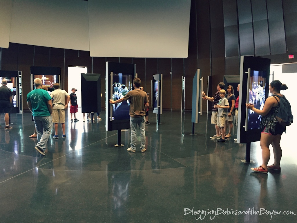 What to do in Atlanta Georgia Top Family Attractions - College Football Hall of Fame #BayouTravel
