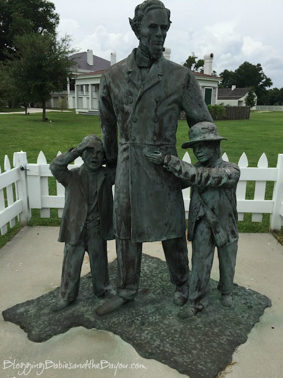Historic Figures and Homes - Beauvoir - Jefferson Davis Home in Biloxi mississippi - MS Gulf Coast Travel  #BayouTravel