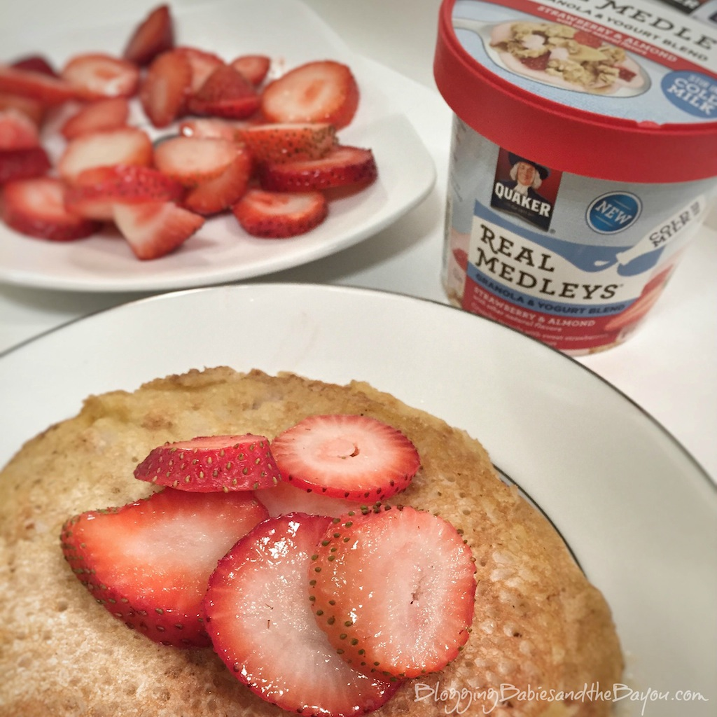 How to make Strawberry Pancakes using Quaker Real Medleys Yogurt Cups #QuakerRealMedleys #CollectiveBias  {ad}