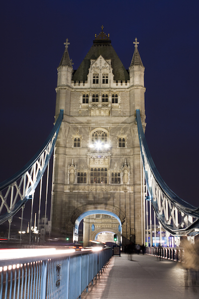 European Travel Bucket List Attractions in the UK  Tower Bridge at night in London, UK #BayouTravel