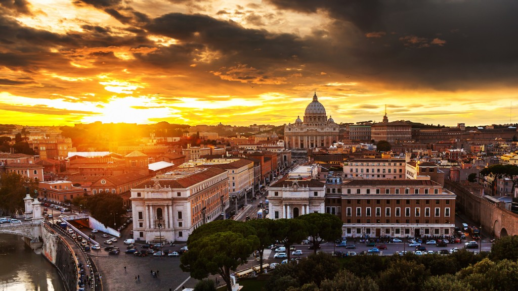 Beautiful city of Rome Sunset over Italy  beautiful city view #BayouTravel