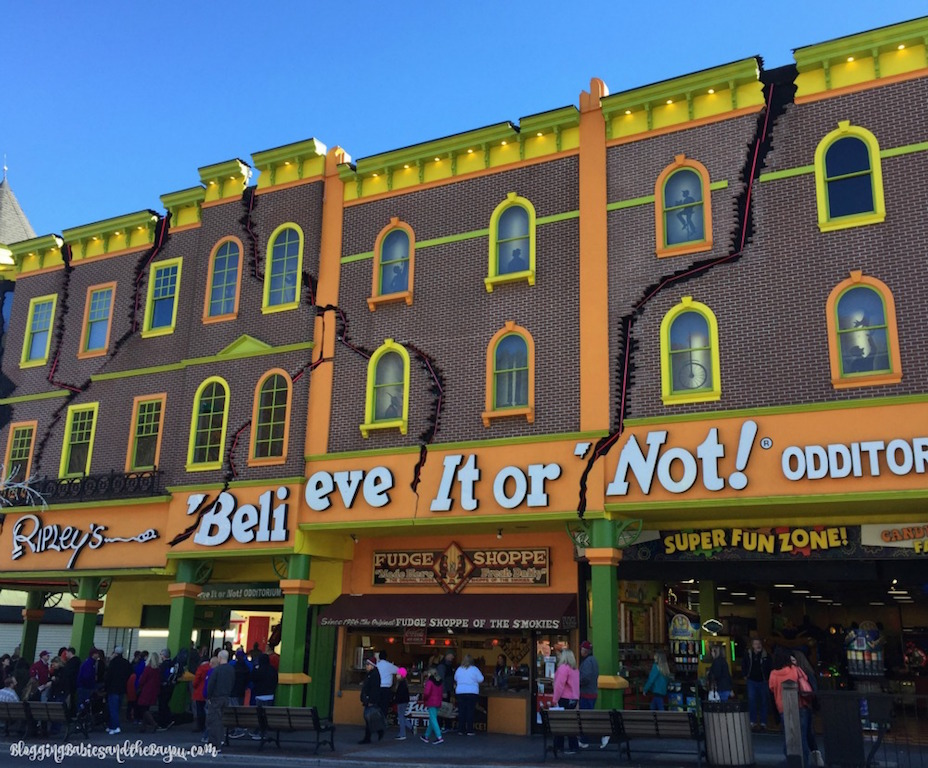 Ripleys Believe It or Not Gatlinburg, TN #BayouTravel