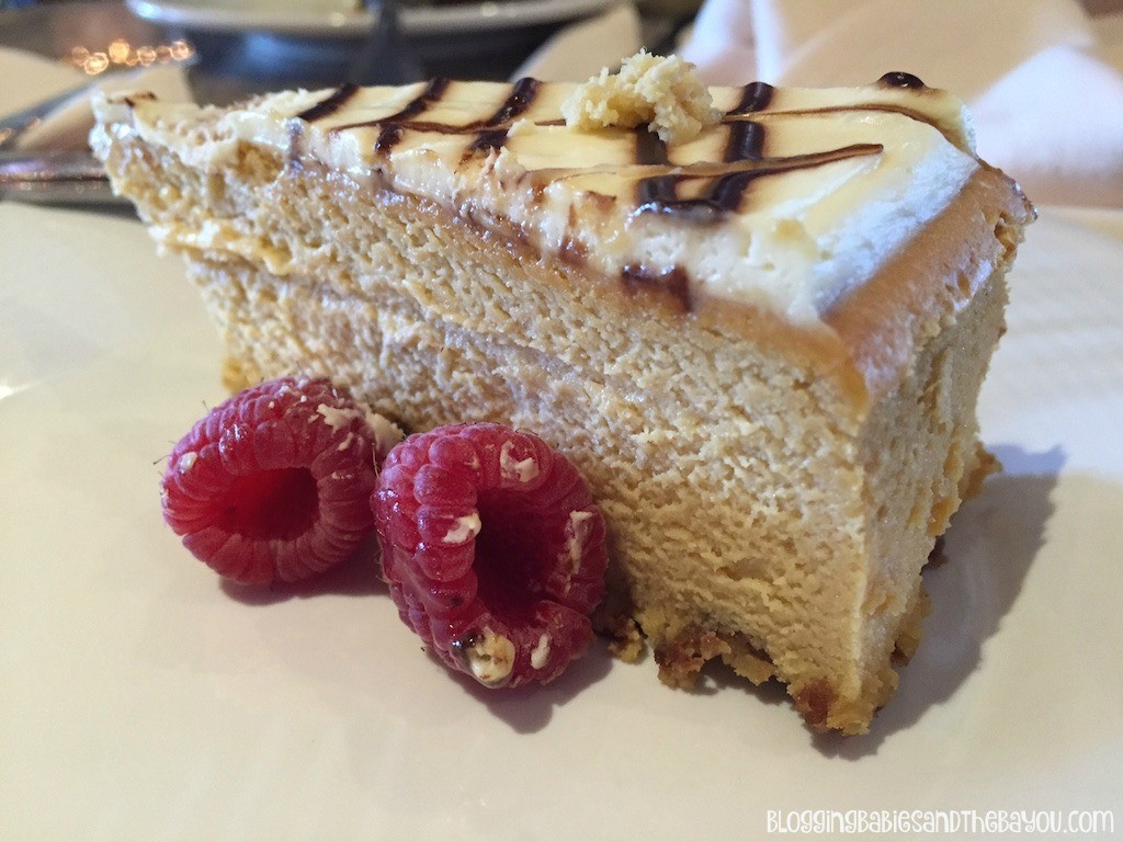 Dessert Bar on Lido Deck - Carnival Cruise Elation - Ship Details, Decor, Dining menu and more #BayouTravel