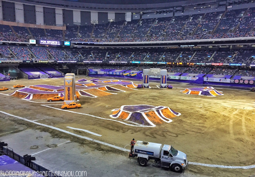 Monster Jam 2016 - New Orleans  Mercedes-Benz Superdome Recap  #BayouTravel