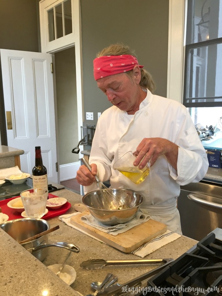 New Orleans Cooking Experience - What to do in New Orleans - Cooking Class Cruise Excursion & NOLA Foodie Tour Idea